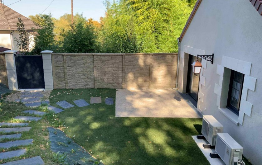 Location de vacances - Gîte à Seigy - terrasse et jardin