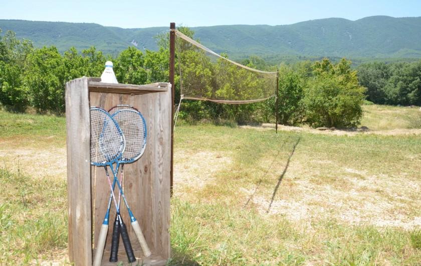 Location de vacances - Mas à Céreste - Terrain de Badminton