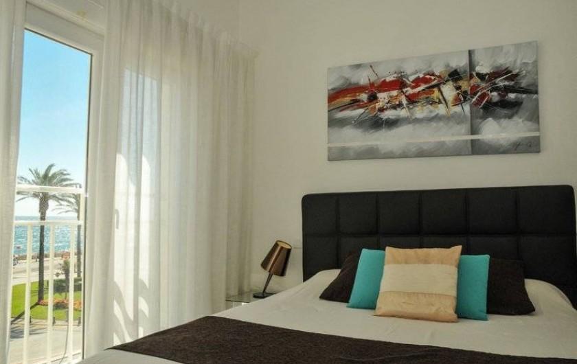 Location de vacances - Appartement à Saint-Cyprien Plage - Duplex, Chambre -  lit double 160