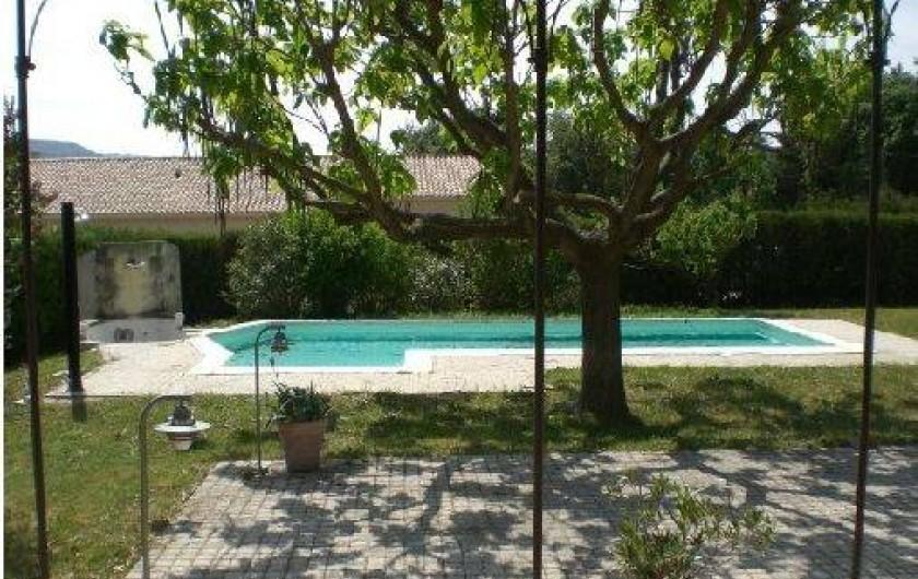 Location de vacances - Villa à Roussas - piscine