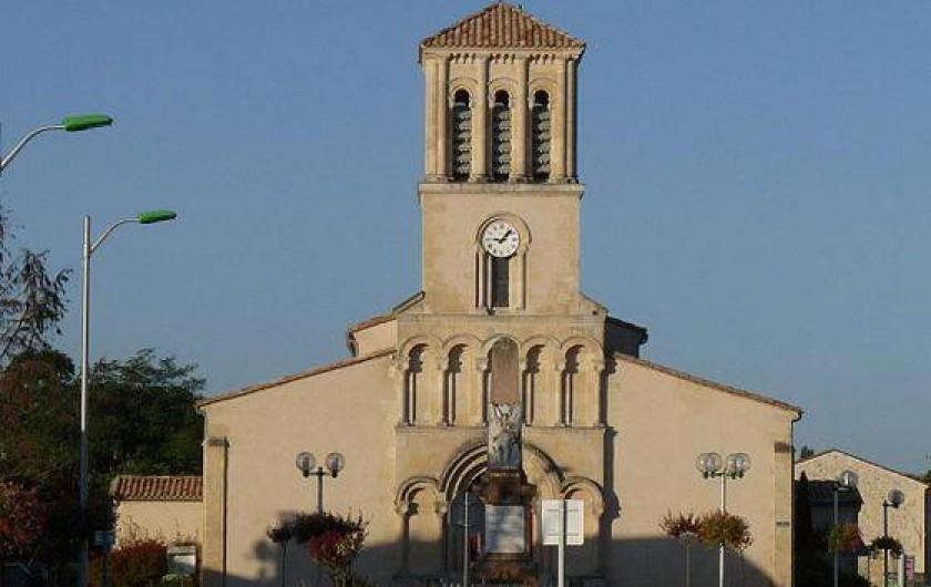 Location de vacances - Chambre d'hôtes à Grayan-et-l'Hôpital - L'église de Grayan-et-l'hôpital