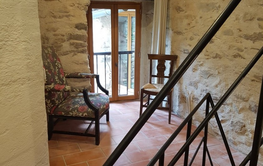 Location de vacances - Gîte à Saint-Vincent-d'Olargues - Coin lecture gîte 3