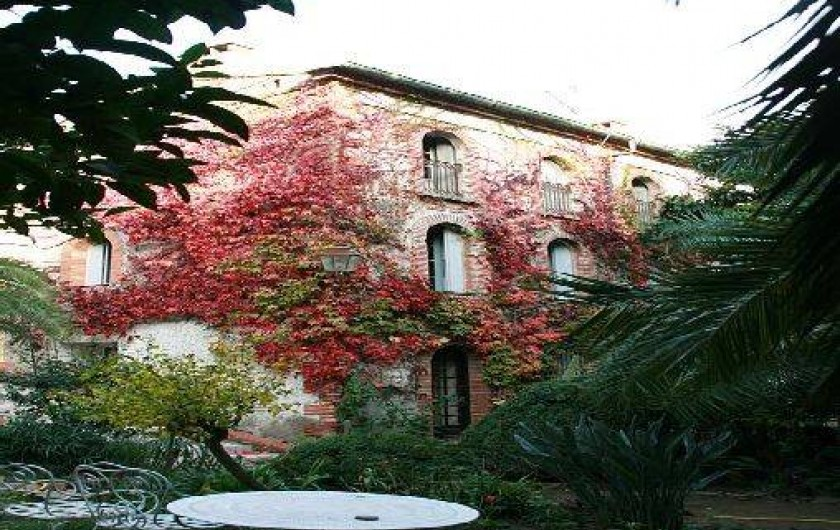 Location de vacances - Appartement à Collioure - la chambre1 dite du capitaine se situe au 1er étage fenêtre de gauche
