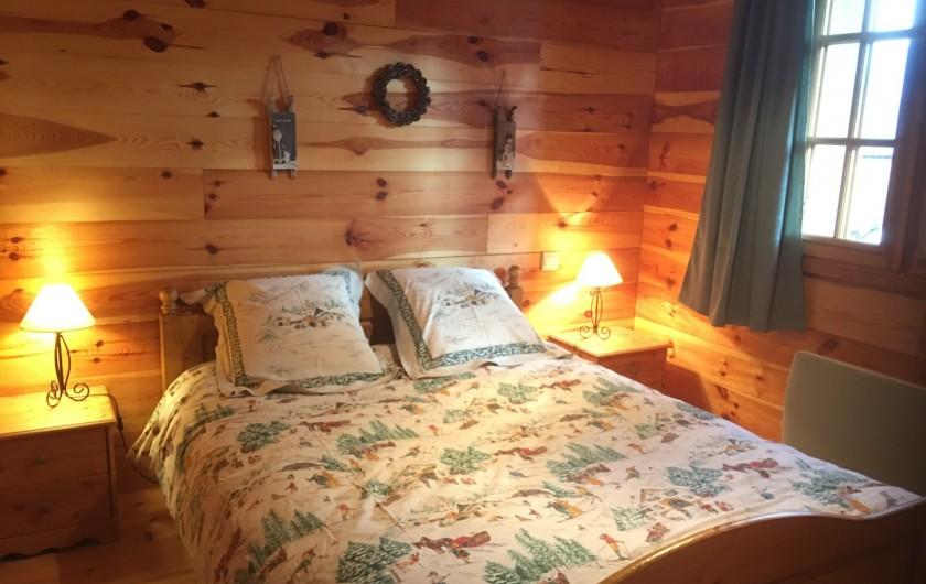 Location de vacances - Chalet à Villard-Reculas - Chambre 2 - Lit double