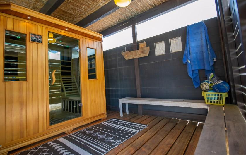 Location de vacances - Villa à Pépieux - VASTE SEJOUR