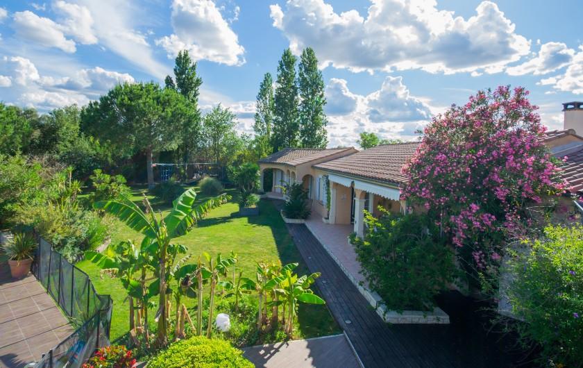 Location de vacances - Villa à Pépieux - PISCINE 10X5 FOND PLAT ET SON FILET DE VATER VOLLEY