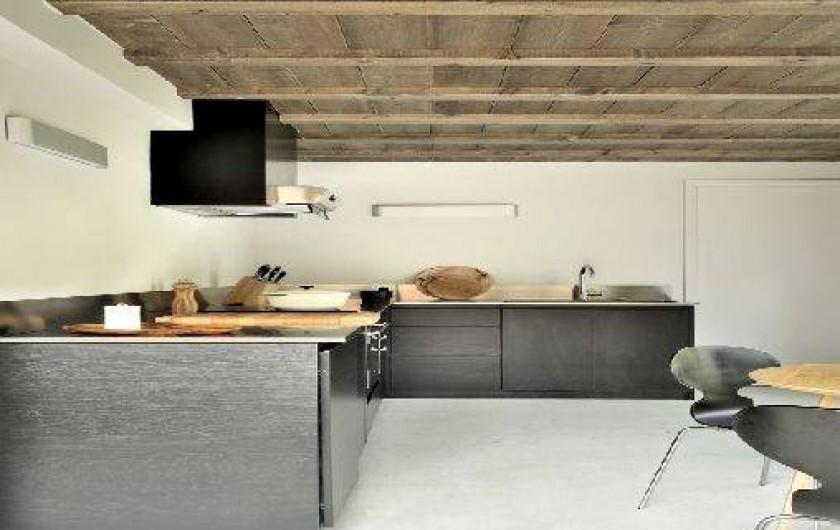Location de vacances - Chalet à Saint-Martin-de-Belleville - Cuisine et arrière cuisine.