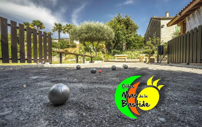 Location de vacances - Gîte à Joyeuse - Terrains de petanque