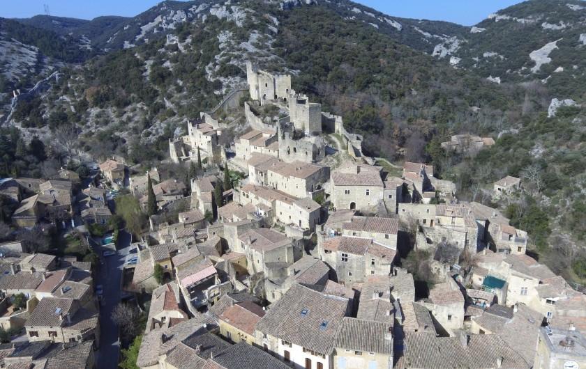 Location de vacances - Appartement à Saint-Montan - Village de Saint Montan -Château de Saint Montan
