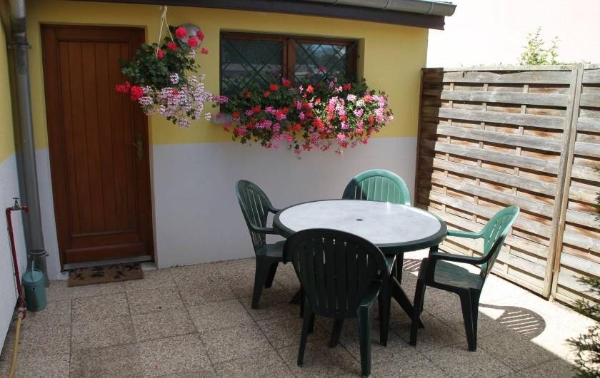Location de vacances - Appartement à Oberhergheim - jardin privatif