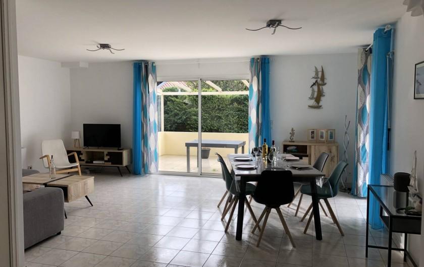 Location de vacances - Villa à La Teste-de-Buch - Grande pièce à vivre