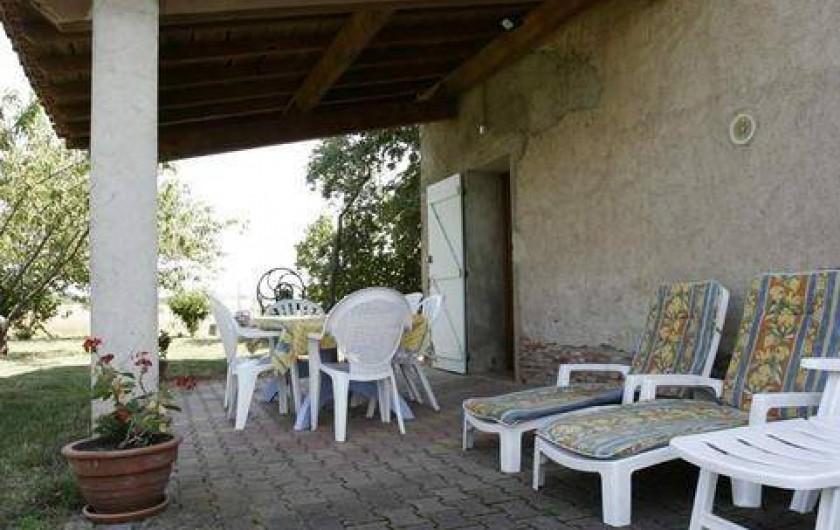 Location de vacances - Gîte à Lisle-sur-Tarn - terrasse
