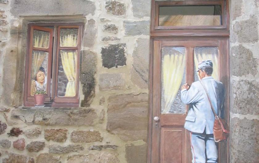 Location de vacances - Gîte à Meyras - La dame à la fenêtre