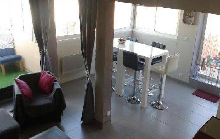 Location de vacances - Appartement à Agde - salon et salle à manger