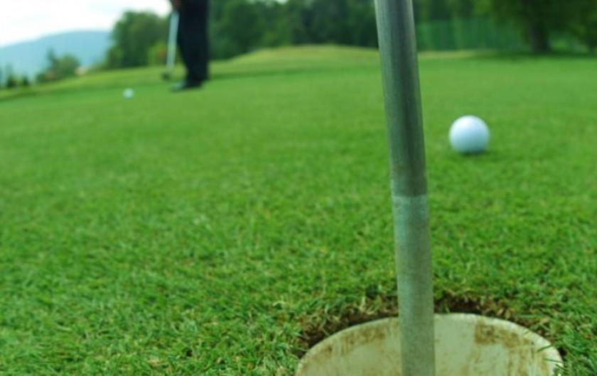 Location de vacances - Gîte à Les Clouzeaux - Parcours de golf à proximité
