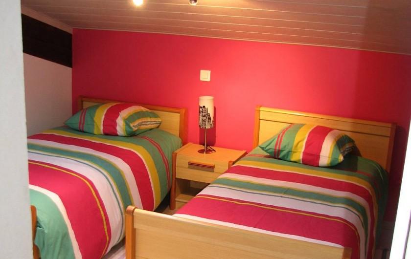 Location de vacances - Gîte à Les Clouzeaux - 2 lits de 90 x 190 cm