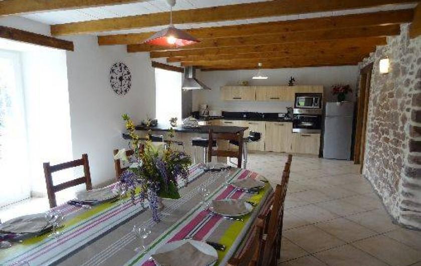 Location de vacances - Villa à Bidarray - pièce de vie trés spacieuse et agréable