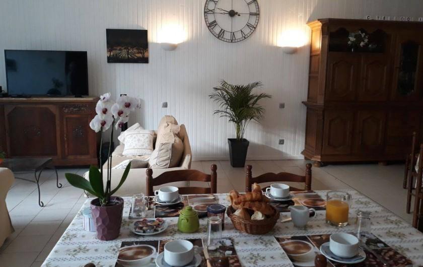 Location de vacances - Appartement à Autignac - Salle de petits déjeuners