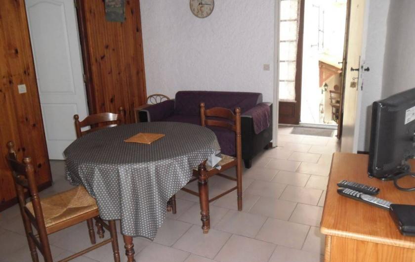 Location de vacances - Appartement à Autignac - Salle du gîte 5 pour 2 personnes