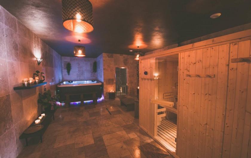 Location de vacances - Mas à Visan - Espace détente avec spa, sauna et hammam