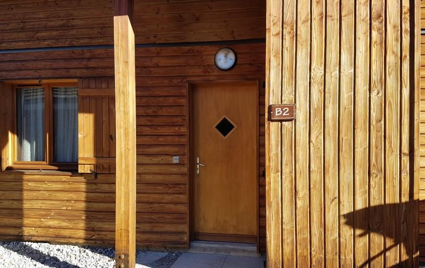 Location de vacances - Chalet à Le Dévoluy - Entrée avec local à ski