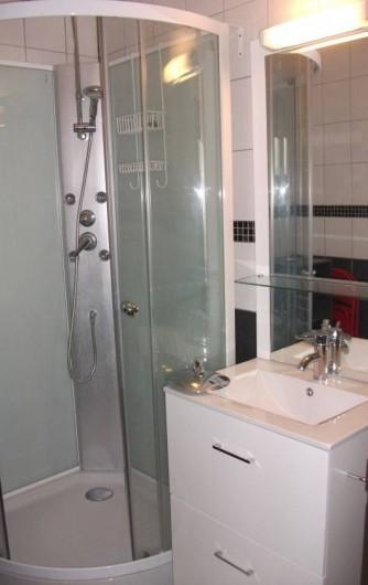 Location de vacances - Appartement à Le Barcarès - Salle de Bain