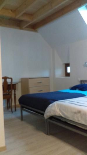 Location de vacances - Chambre d'hôtes à Puybrun - chambre numéro 1 deux lits 90 cm
