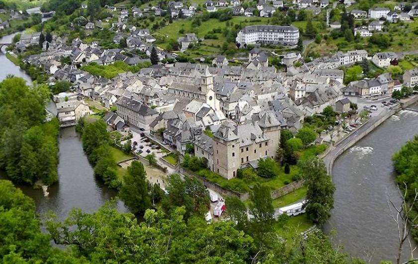 Location de vacances - Chambre d'hôtes à Junhac - Entraygues