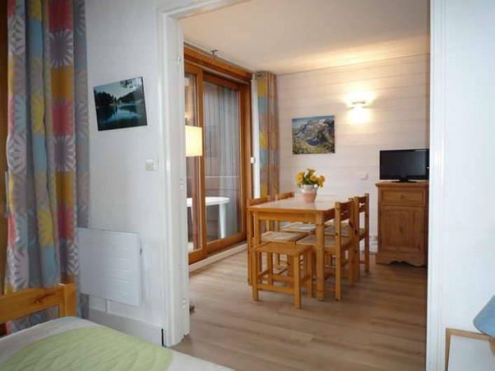 Location de vacances - Appartement à Le Corbier - chambre et séjour