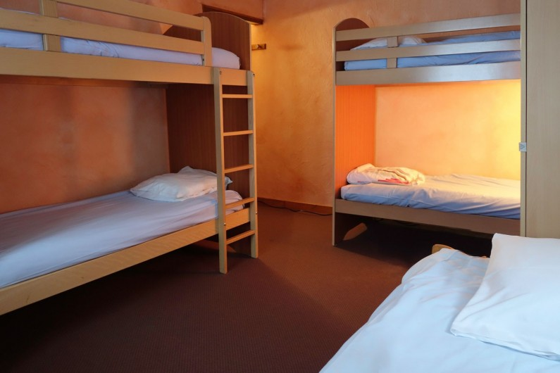 Location de vacances - Chalet à Valmeinier - Chambre 5 lits