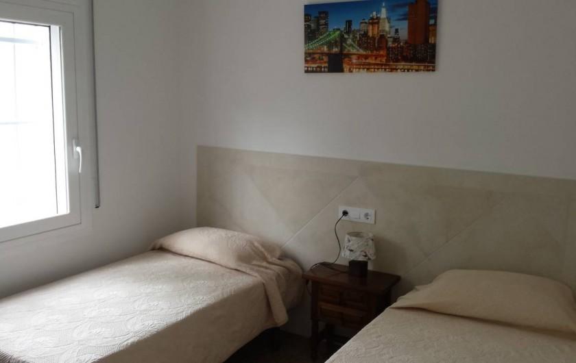 Location de vacances - Appartement à Roses - Chambre 3 2 lits simples