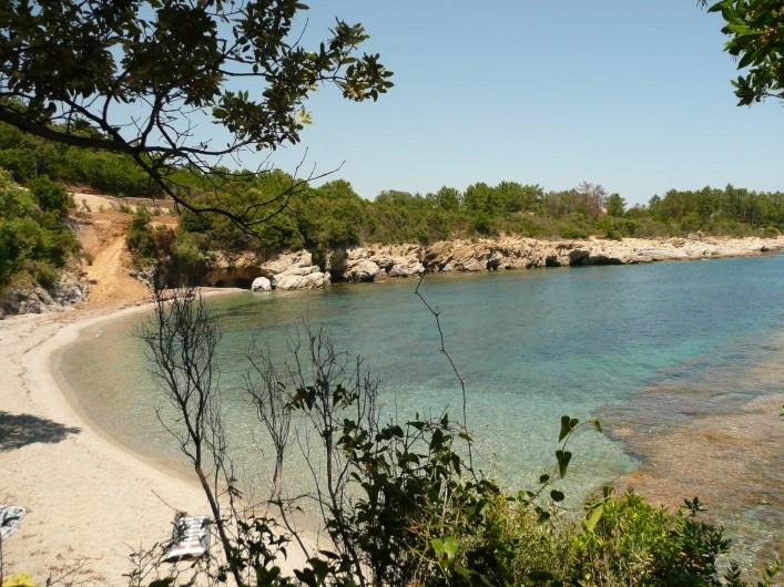 Location de vacances - Villa à Favone - Plage de sable à 5 mn à pieds de la villa