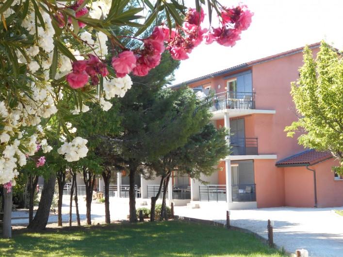 Location de vacances - Appartement à Alénya - appartement au 1° étage dans un petit immeuble