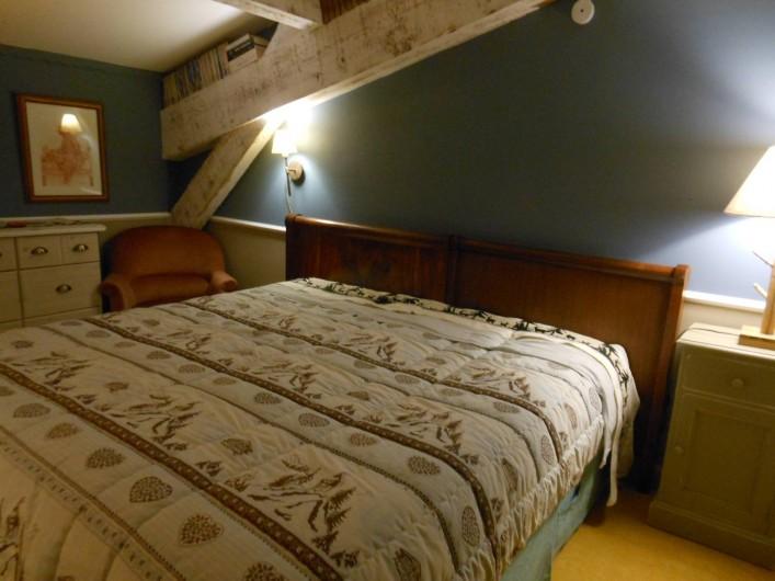 Location de vacances - Gîte à Gras - La Provençale : 1 grand lit