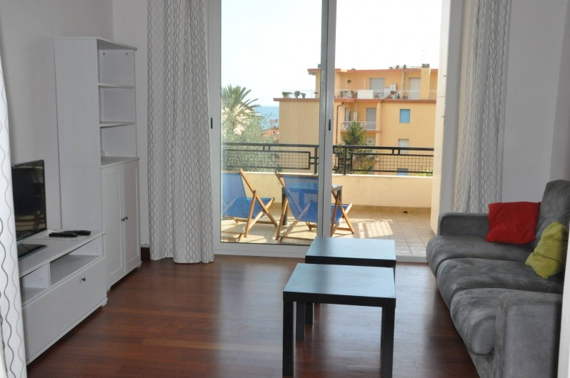 Location de vacances - Appartement à Ospedaletti - séjour