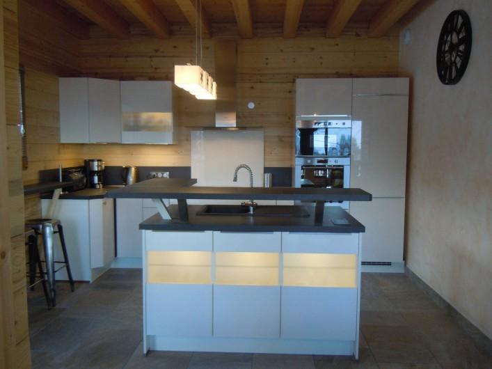 Location de vacances - Appartement à Saint-Sorlin-d'Arves - cuisine