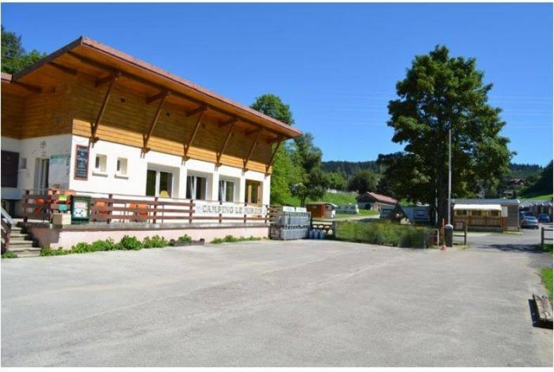 Location de vacances - Camping à Les Hôpitaux-Neufs - Accueil