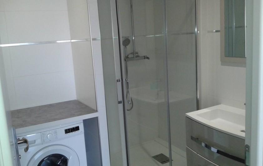 Location de vacances - Appartement à Le Crès - lave linge