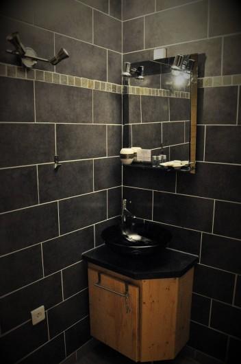 Location de vacances - Chambre d'hôtes à Chanaz - Les salles de bain