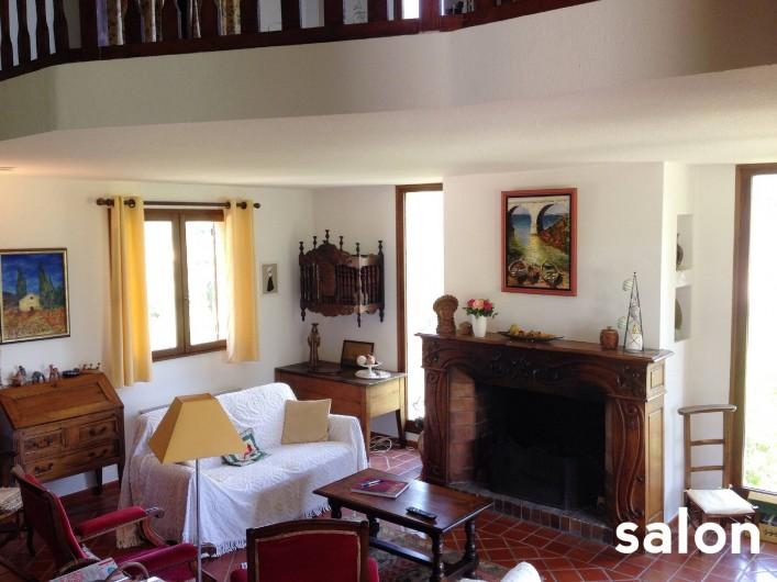 Location de vacances - Villa à Le Castellet - Salon avec TV