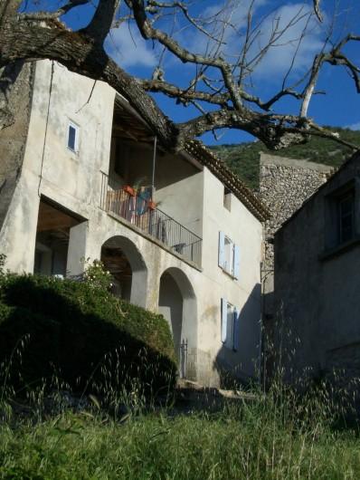 Location de vacances - Villa à Malaucène - Façade des maisons Gérard et Bernard.