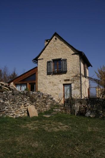 Location de vacances - Gîte à Marvejols - vue sur la façade sud