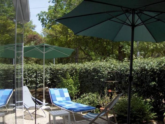 Location de vacances - Appartement à Arcachon - jardin