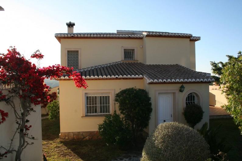 Location de vacances - Villa à Xàbia - façade de la Villa