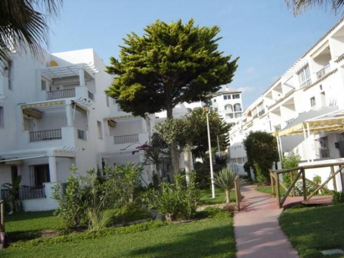 Location de vacances - Appartement à Torrox Costa - VUE URBANISATION