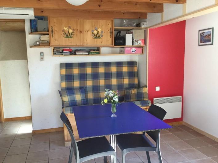 Location de vacances - Maison - Villa à Bormes-les-Mimosas - Banquette séjour