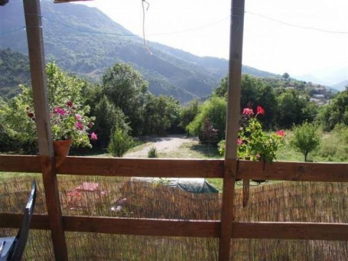 Location de vacances - Camping à Éourres - La Carabane, grande terrasse privative