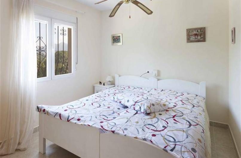 Location de vacances - Villa à Gandia - chambre double junior 2 lits 90 premiere étage