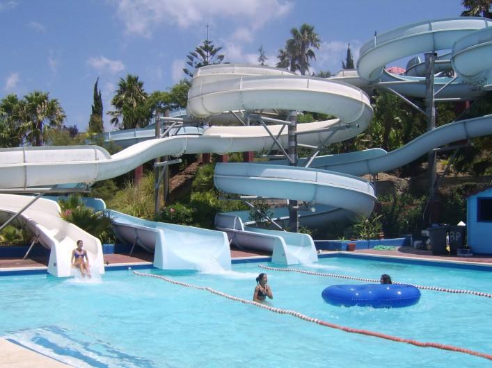 Location de vacances - Appartement à Marina de Casares - Un parc aquatique 'Baia Park), se trouve à une quarantaine d ekilomètres
