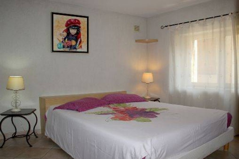 Location de vacances - Appartement à Robion - Lit 160 cm draps fournis